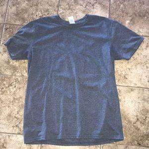 Gildan t-shirt size large